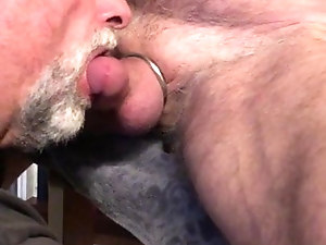 Horny Daddy needs head