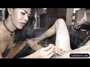 Sexy amateur ladyboy gets naked and gives a great blowjob