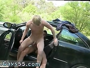 Skinny blonde twinks rides a massive pike outdoors